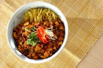 肉味噌あんかけ麺